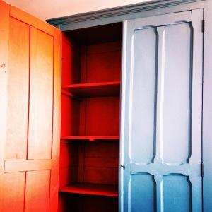 renovation-peinture-armoire-parisienne