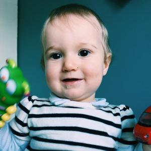9 mois - bébé - moisiversaire