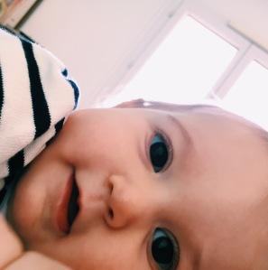 9 mois - moisiversaire - bébé